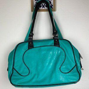 Lululemon Everywear Large green Duffle Bag w/Strap